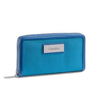 Calvin Klein dámská peněženka Valerie Zip Continental modrá