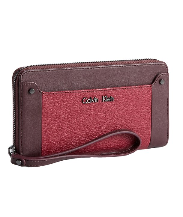 Calvin Klein dámská peněženka Logo Jacquard Zip Continental BG černá