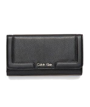 Calvin Klein dámská peněženka Trifold Mega Continental černá