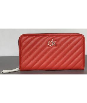 Calvin Klein dámská peněženka Momogram červená 839